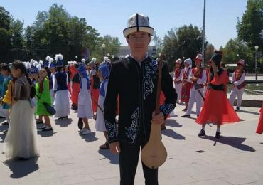 """""""Successor"""" Young folk-ethnographic ensemble song festival was held for a day"""