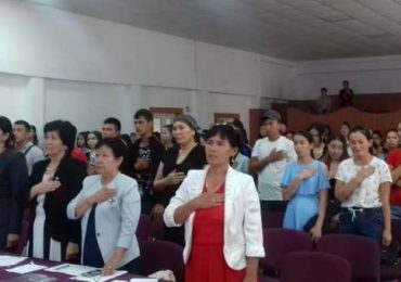 Kyrgyz language – people who are in red ink